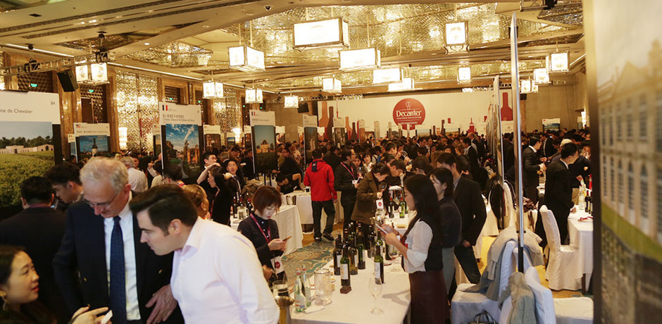 Chinese wine lovers meet 'heroes' at biggest Decanter Shanghai Fine Wine Encounter